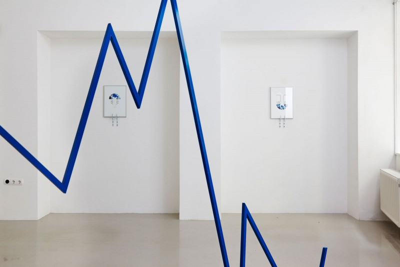 3_installation-view-with-works-of-zsolt-molnar_kisterem_2018_small